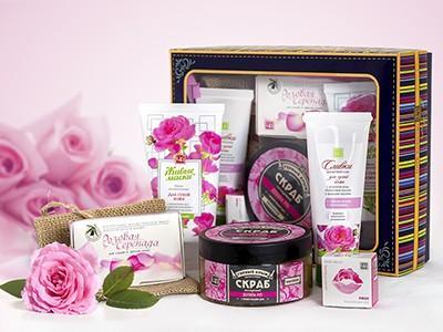 """Подарочный набор косметики """"Долина роз"""""""